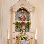 Bočný oltár Najsvätejšieho Srdca Ježišovho na ľavej strane