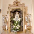 Bočný oltár Nepoškvrneného Srdca Panny Márie na pravej strane